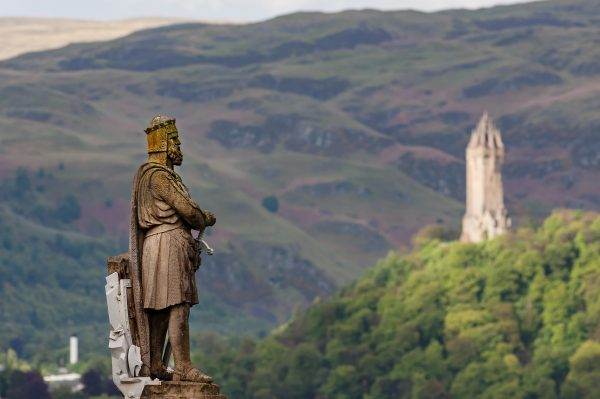 Robert the Bruce overlooking Wallace Monument