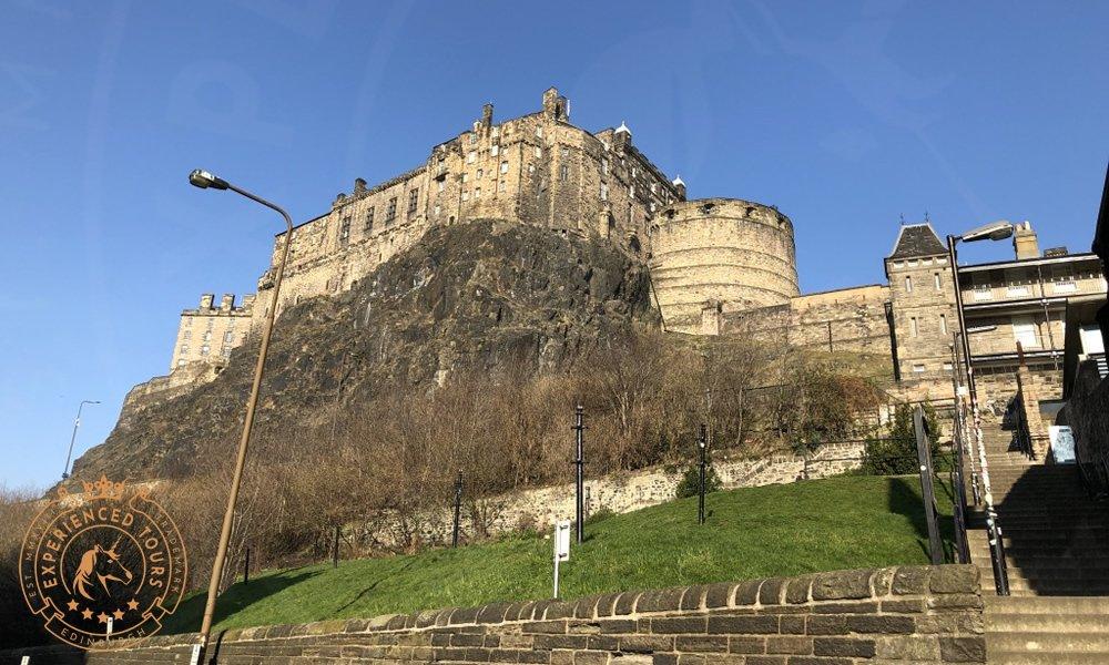 View to Edinburgh Castle from Grassmarket