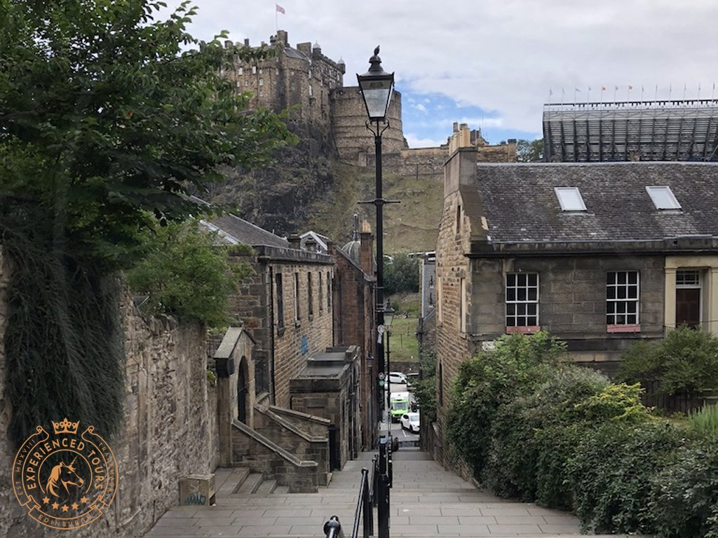 View down 'The Vennel' Edinburgh