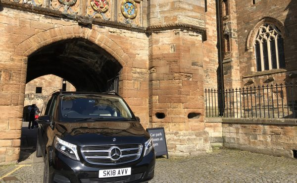 Tour van at Linlithgow Palace