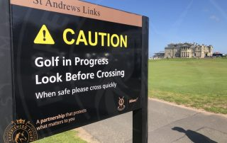 Caution sign approaching Grannie Clark's Wynd in St Andrews