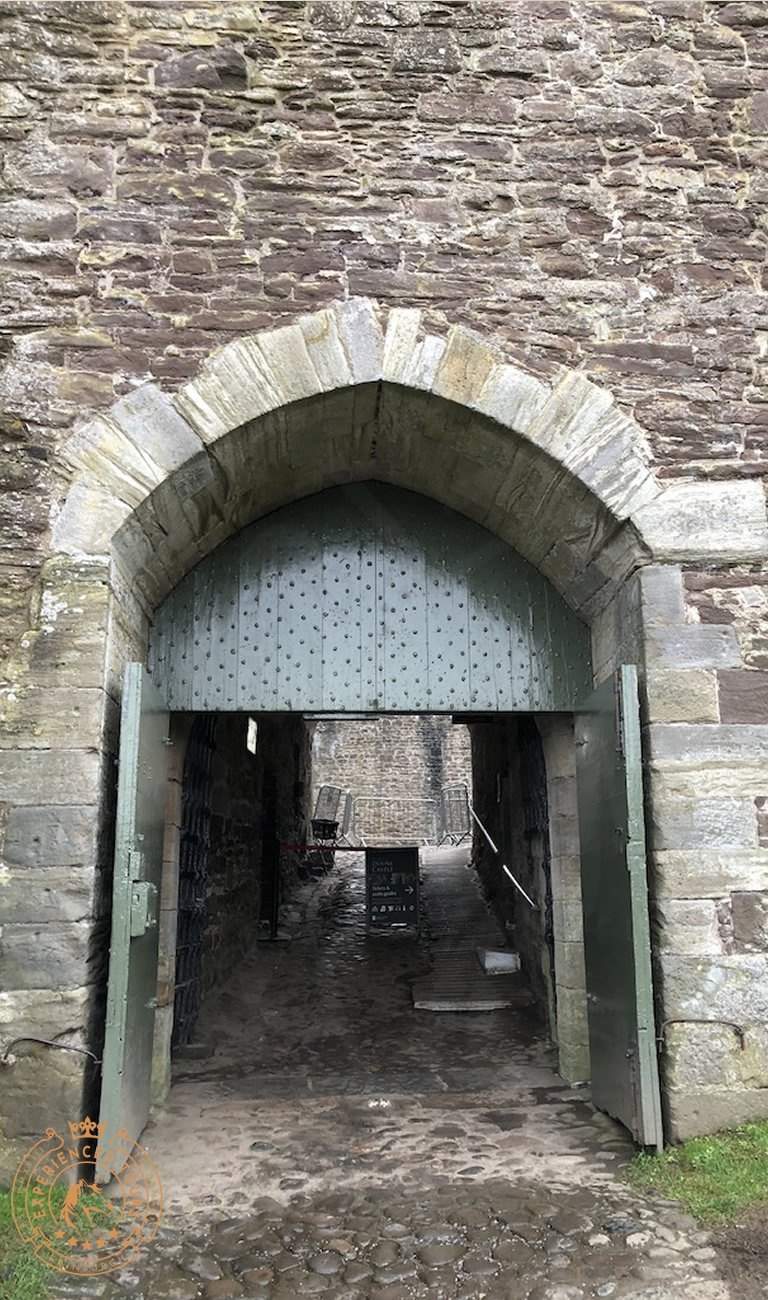 Main entrance to the castle tower