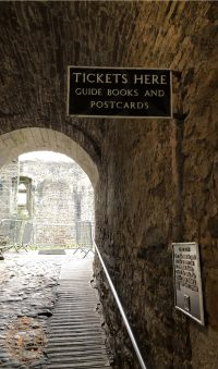 Ticket sign at Doune Castle