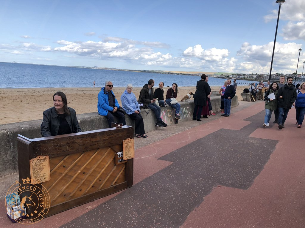Portobello with impromptu pianist