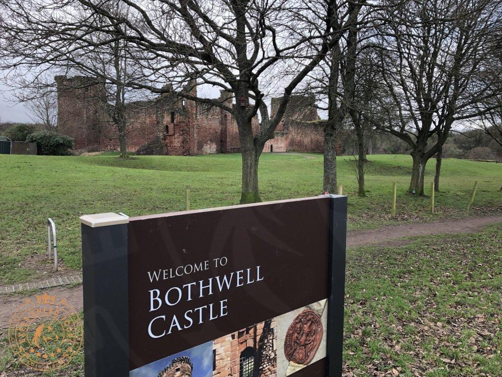 Exterior of Bothwell Castle
