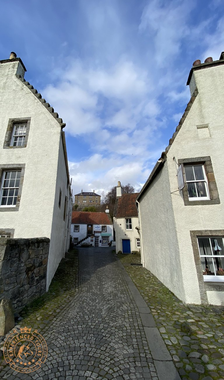 Lane and Cafe in Culross