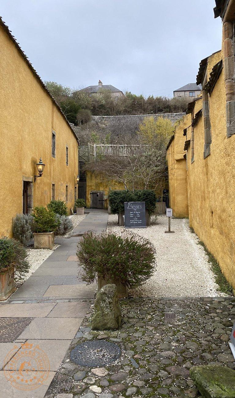 Besses Courtyard in Culross
