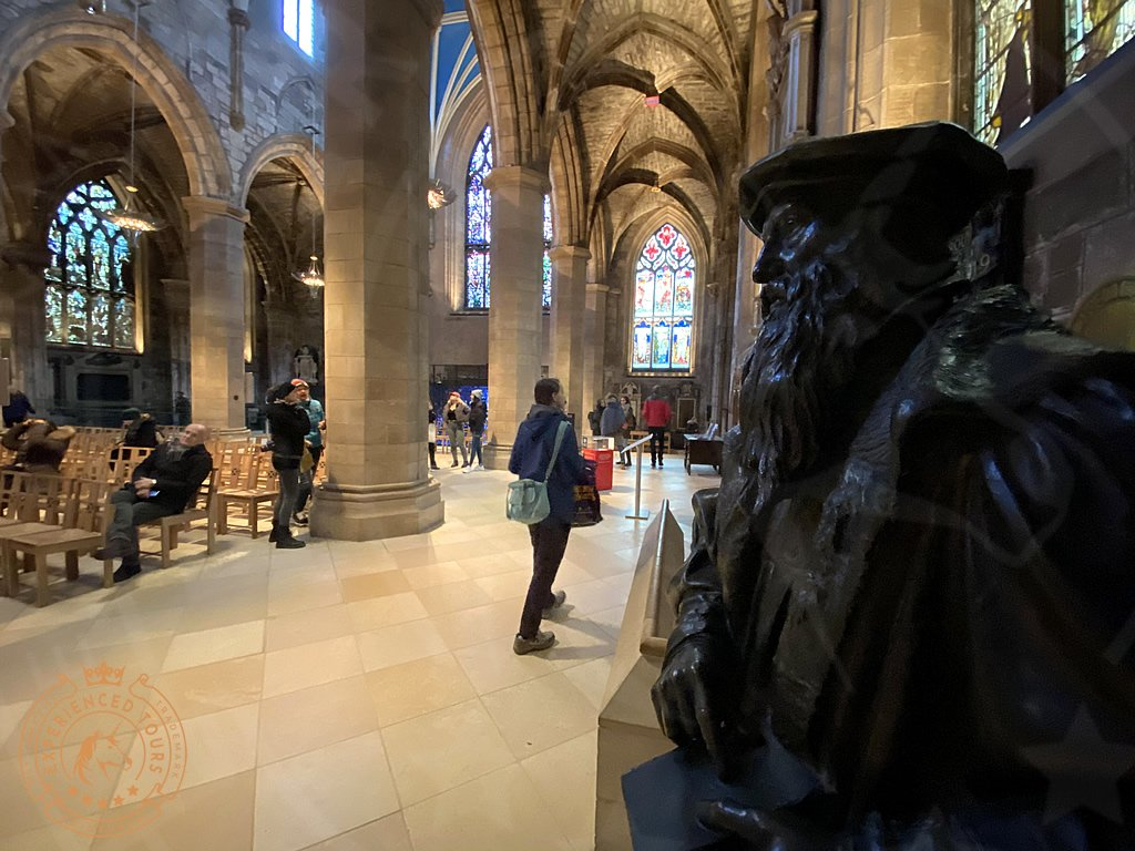 Statue of John Knox at St Giles Cathedral
