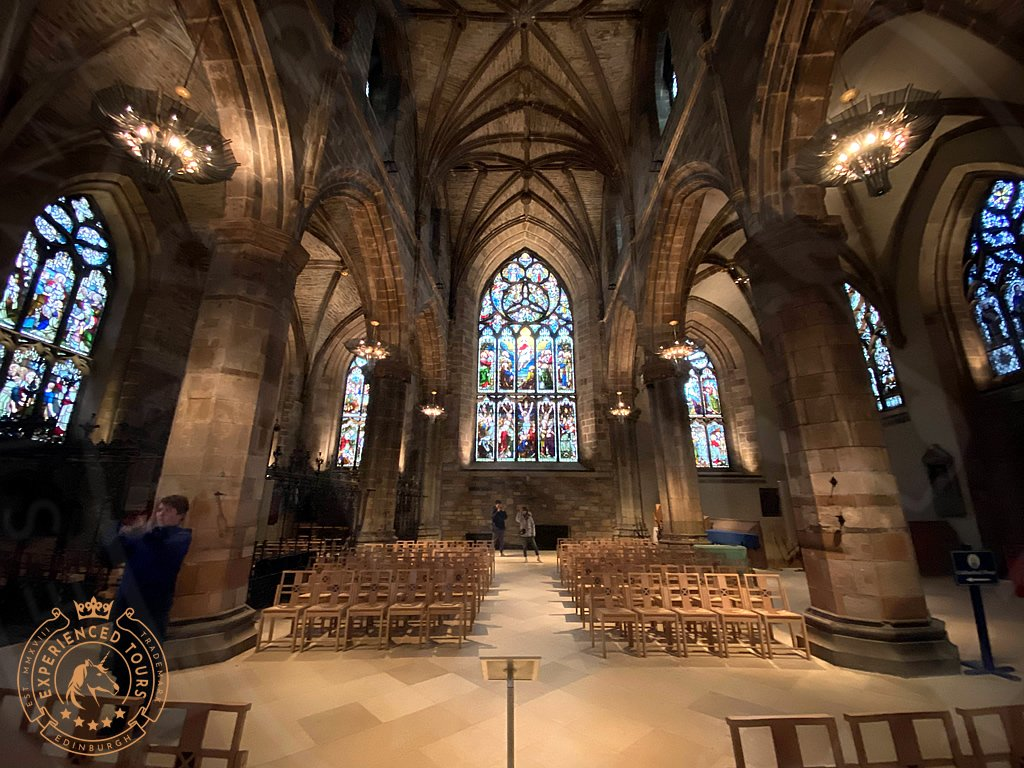 Wide view in St Giles Cathedral