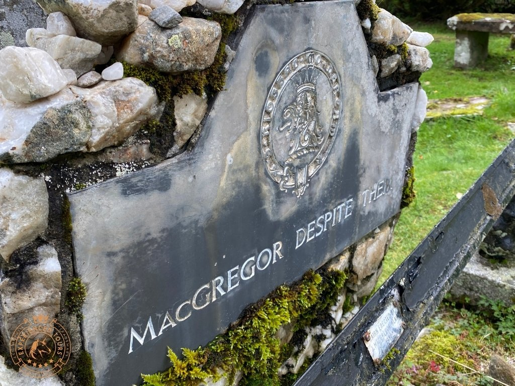 The headstone 'MacGregor Despite Them'